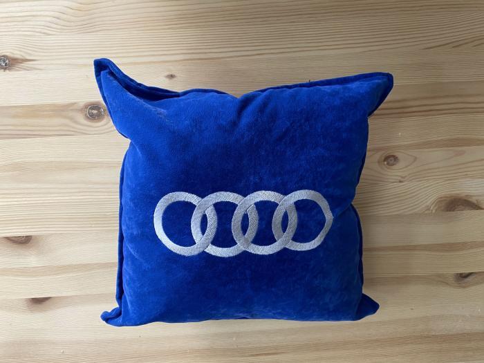 """Декоративная подушка """"Audi-синяя"""""""
